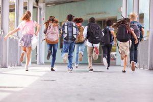 Ученые посоветовали рассказывать ВИЧ-положительным детям о диагнозе в возрасте 10-12 лет