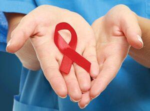 Количество людей, живущих с ВИЧ, снижается – сообщил Минздрав